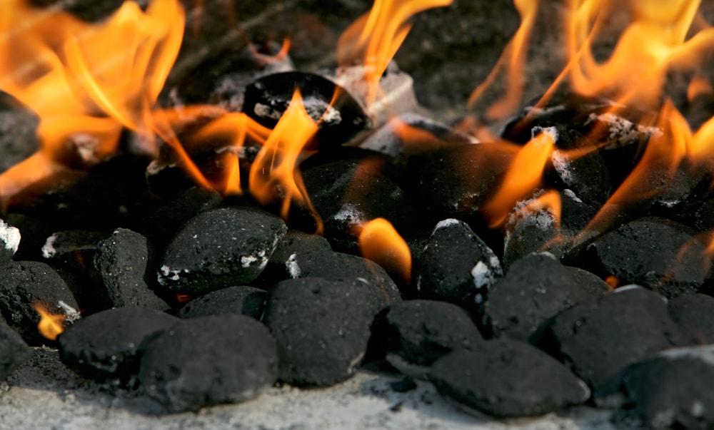 como se enciende una barbacoa con carbon vegetal